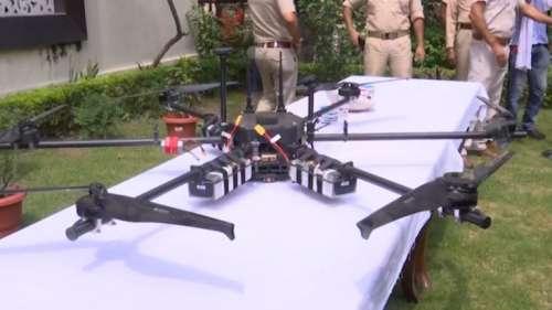 Drone in Jammu: जम्मू-कश्मीर में फिर दिखे 2 और संदिग्ध ड्रोन, पुंछ में मिला PIA लिखा बैलून