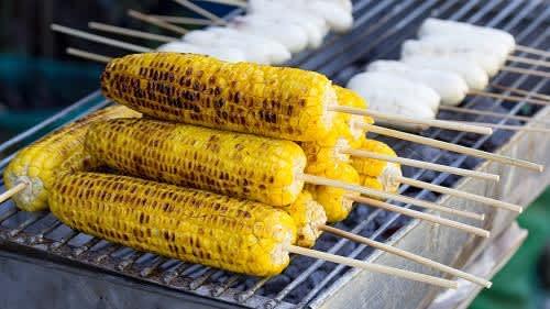 Corn Benefits: भुट्टा कहें या कॉर्न! ब्लड शुगर और कोलेस्ट्रॉल कंट्रोल करने के अलावा जानिये लाजवाब फायदे