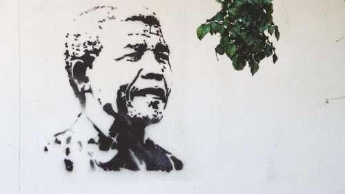 Mandela Day: नेल्सन मंडेला... वो मशाल जिसने रंगभेद के सदियों पुराने अंधेरे को मिटाया