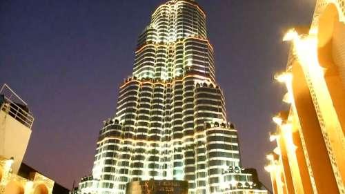 Durga Puja 2021: Kolkata's Burj Khalifa draws huge crowds, laser show stopped