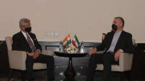 SCO Summit: जयशंकर ने कहा- भारत के साथ संबंधों के तीसरे देश की निगाह से न देखे चीन