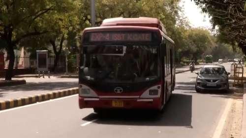 Delhi Unlock: 26 जुलाई से मेट्रो-बसें 100% क्षमता से चलेंगी, खुले थिएटर और रेस्टोरेंट्स