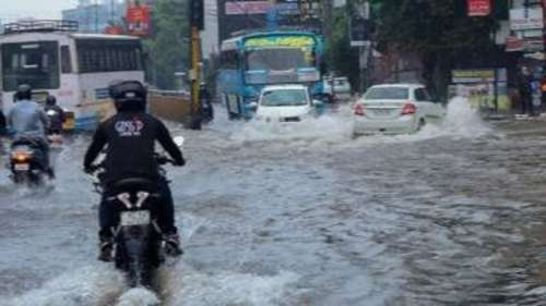 Kerala rain fury kills 6: armed forces on standby but MeT says showers to subside