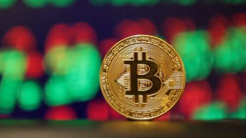 This crypto up over 220% in one week, 10x of Bitcoin's gains!