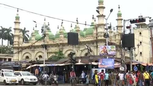 Eid al-Adha: কোভিড আবহে দেশজুড়ে পালিত হচ্ছে বকরি ইদ , টুইটে শুভেচ্ছা প্রধানমন্ত্রী, রাষ্টপতির