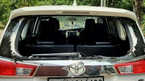 Farmers protesting Centre's farm laws vandalise BJP leaders' vehicles in Chandigarh
