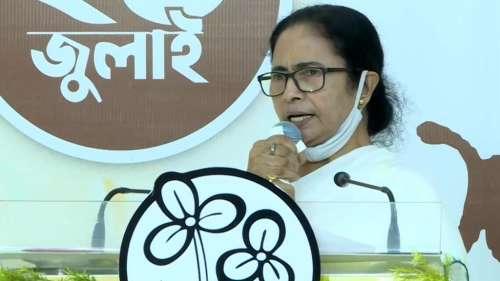 Mamata Banerjee : নিজেই নিজেকে ছাপিয়ে গেলেন মমতা, নজির গড়লেন ফেসবুকে