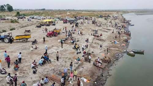 Govt study finds no traces of coronavirus in Ganga water: report