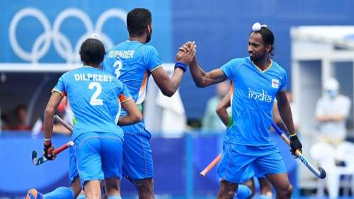 India qualify for QF