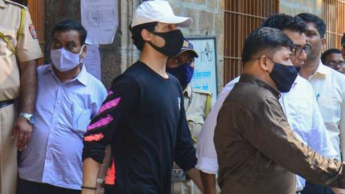 Aryan to stay in jail