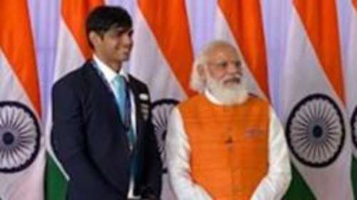 Watch: PM Modi meets Indian Olympic Contingent at his residence