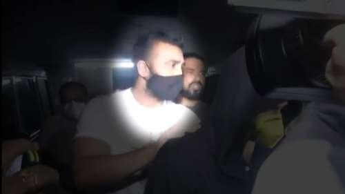 Raj Kundra की गिरफ्तारी क्यों हुई, कैसे मुंबई पुलिस के हाथ उनतक पहुंचे... जानें विस्तार से