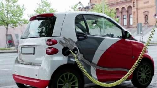 अब हर पेट्रोल पंप पर लगेगा EV चार्जिंग स्टेशन, e Vehicle को चार्ज करना होगा आसान
