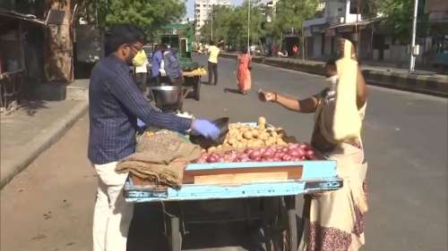 Centre to create street vendors profile to extend financial benefits