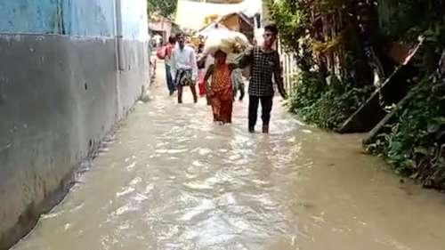 Bengal Flood:ডিভিসির ছাড়াজলে ভাসছে হাওড়ার উদয়নারায়ণপুর ও আমতার বিস্তীর্ণ এলাকা