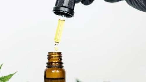 Hemp oil for glowing skin