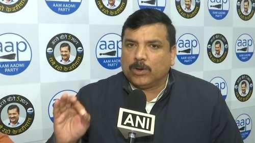 पुलिस कमिश्नर से AAP ने की बीजेपी नेता अनुराग ठाकुर की शिकायत