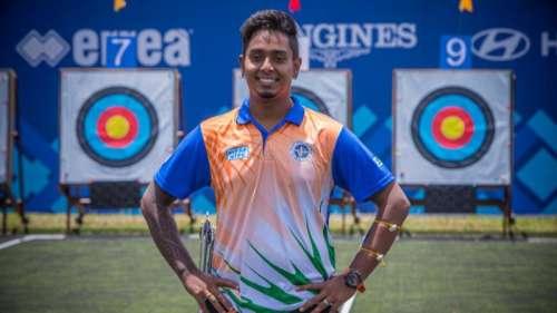 Atanu reaches pre-quarters