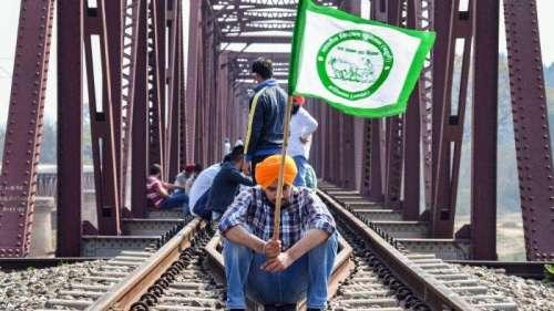 Prayer meets, rail blockade and a 'mahapanchayat': farmers to intensify protest again Lakhimpur deaths