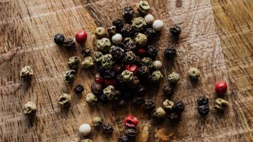Kitchen Hack 101: FSSAI has a nifty trick to check the purity of Black Pepper