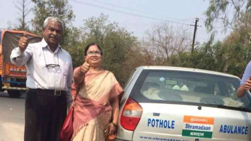 Meet the 'Road Doctors' on a mission to fill potholes on Hyderabad roads