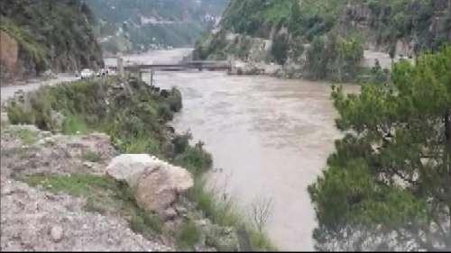 Flash Flood: जम्मू कश्मीर, हिमाचल और लद्दाख में बादल फटने से बुधवार को16 लोगों की मौत, कई लापता