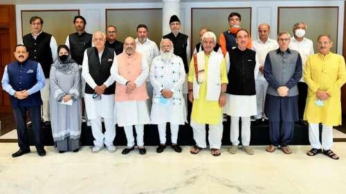 J-K All Party Meet: राजनीतिक दलों ने रखी अपनी मांगें, पीएम बोले..दिल और दिल्ली की दूरी कम करनी है