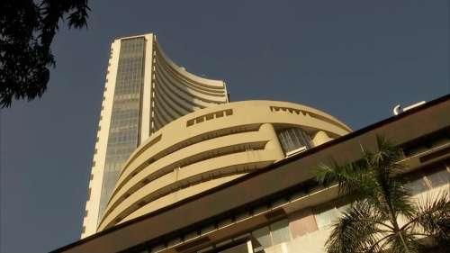 Stock Market: हफ्ते के पहले कारोबारी दिन गिरावट के साथ बंद हुआ बाजार, धड़ाम हुए Sensex-Nifty