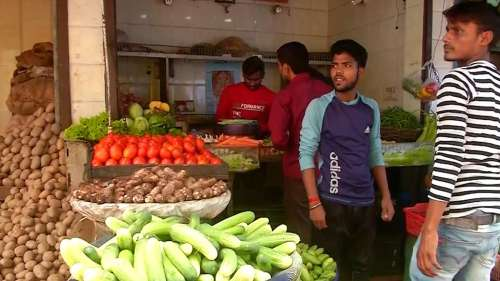 Vegetable prices soar: Tomato prices above Rs 90/kg, Onions retailing at Rs 70/kg