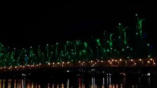 विश्व पर्यावरण दिवस के मौके पर हरे रंग की रोशनी से जगमगाया हावड़ा ब्रिज, दिखा मनमोहक नजारा