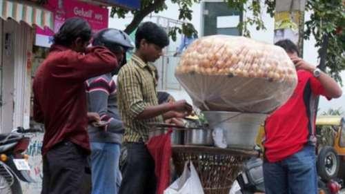 Kanpur में 256 ठेलेवाले निकले करोड़पति, आयकर विभाग ने कसा शिकंजा