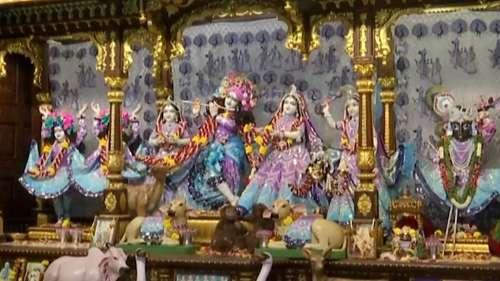 janmashtami 2021:কাল জন্মাষ্টমী, জানেন কি কোন ফলে সন্তুষ্ট হন রাধাগোবিন্দ