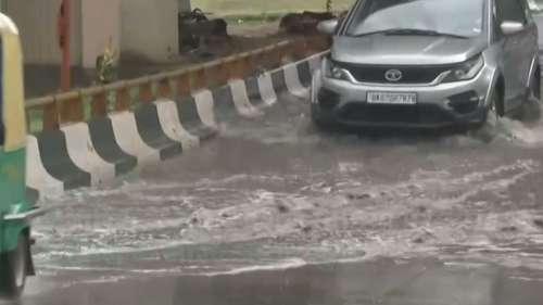 Delhi-NCR Rain: तपती जलती गर्मी से लोगों को मिली राहत, Memes बनाकर बयां की खुशी