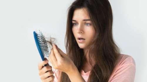 लगातार बाल झड़ना बन गया है मुसीबत...आपकी रोजमर्रा की ये आदतें हो सकती हैं जिम्मेदार