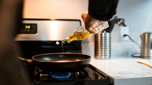 Re-heating used cooking oil? You're playing with fire by doing that