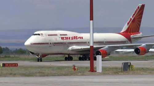 Air India unions threaten strike before the Tata takeover
