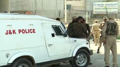 More target killings in Kashmir: 2 non-local labourers shot dead in Srinagar & Pulwama
