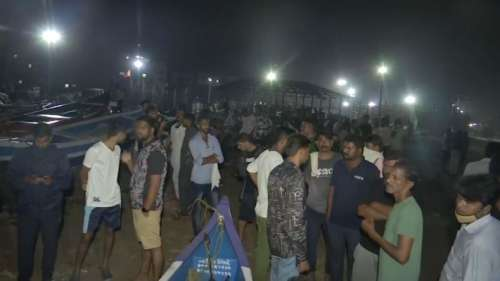 Ganpati Visarjan: मुंबई में गणपति विसर्जन के दौरान 5 बच्चे समुद्र में डूबे, तीन अभी भी लापता
