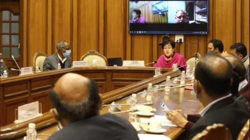 दिल्ली में बढ़ते प्रदूषण को लेकर तीनों निगम के कमिश्नर तलब