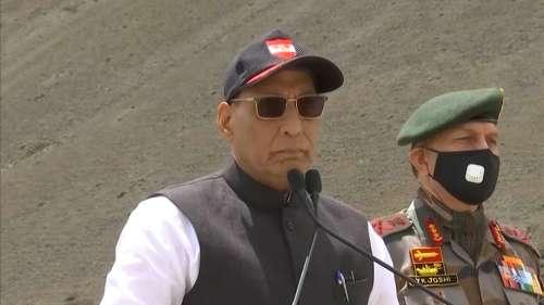 Rajnath on Pulwama: Pak minister's statement has revealed the truth