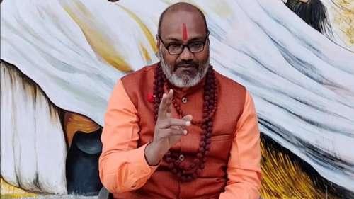 BJP की महिला नेताओं के खिलाफ भद्दी बातें करके फंसे नरसिंहानंद सरस्वती, NCW अध्यक्ष को भी नहीं बख्शा