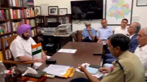 Punjab Corona: वैक्सीन नहीं लेने वाले सरकारी कर्मचारियों को जबरन छुट्टी पर भेजा जाएगा, पैसा भी कटेगा