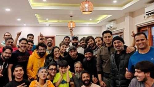 Aamir Khan:লাল সিং চাড্ডার শ্যুটিংয়ের ফাঁকে ছেলের সঙ্গে টেবিল টেনিস খেললেন আমির