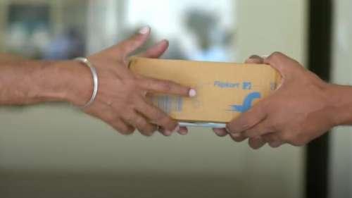 डोर स्टेप डिलीवरी के लिए फ्लिपकार्ट ने मिलाया मेरू कैब से हाथ