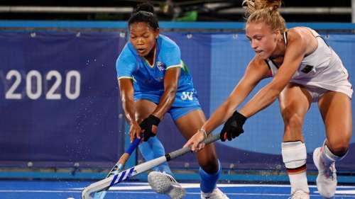 Indian Women Hockey Team: আয়ারল্যান্ডের বিরুদ্ধে জয় ভারতীয় মহিলা হকি দলের, জিইয়ে রইল শেষ আটে ওঠার সম্ভবনা