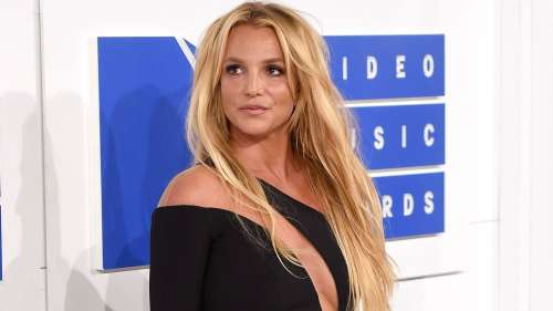 Britney Spears is under probe for hitting an employee, get the lowdown here
