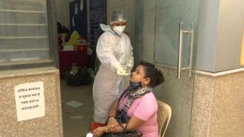 Coronavirus in India: देश में 3 हफ्तों बाद सबसे ज्यादा केस, 24 घंटे में 640 की गई जान