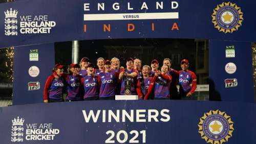 3rd T20: Mandhana's 70 goes in vain as England clinch series vs India