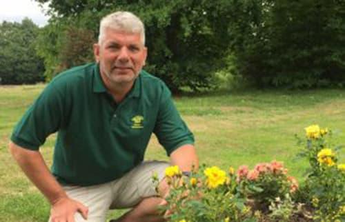 Bob Dulieu Garden Maintenance Services in Horsham