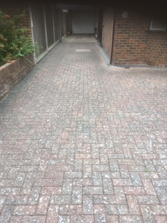 Jet Washing Bricks2